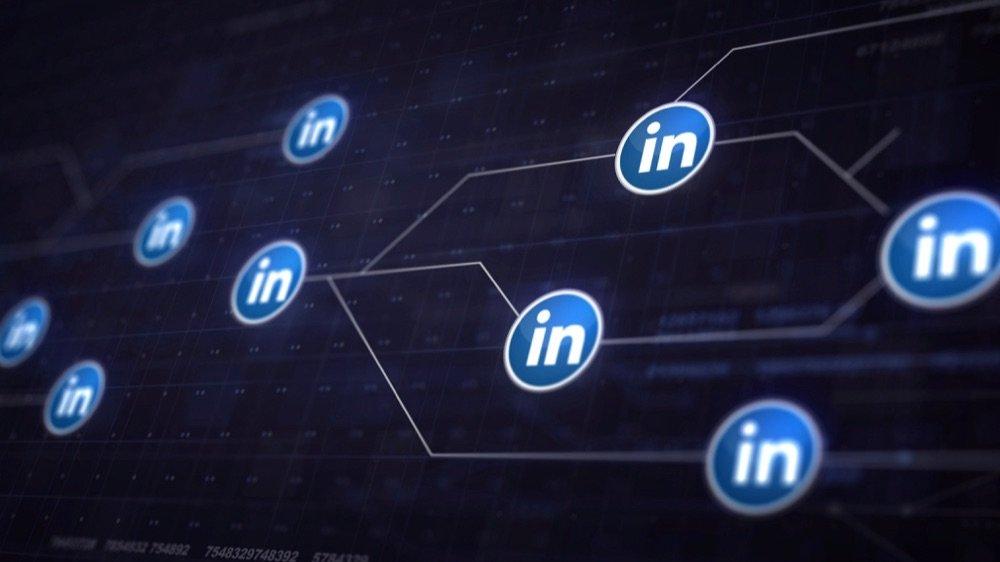Kako optimizirati in urediti Linked In profil - optimizacija profila?