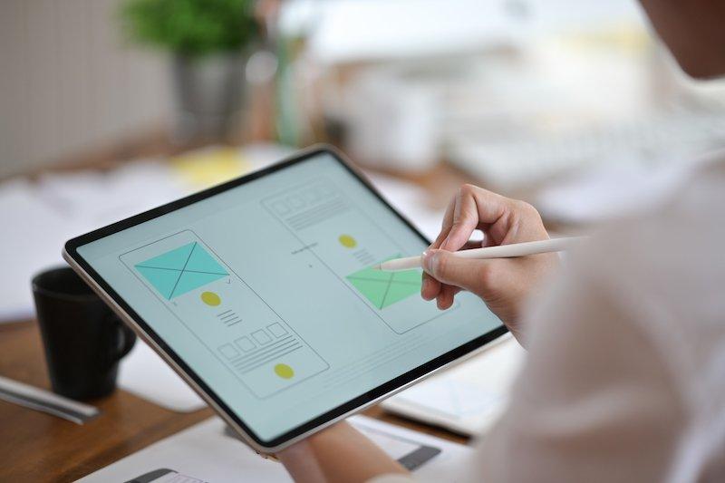Prilagodite spletno stran mobitelom in tablicam